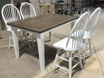 Counter Height Farm House Dining Table for Sale in Bountiful,  UT
