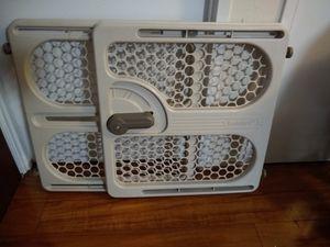 Adjustable Pet Gate for Sale in Alexandria, VA