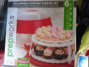 Brand New Cupcakes Holder n Container for Sale in Albuquerque, NM
