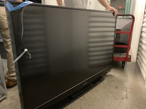 60 inch Mitsubishi tv for Sale in Land O' Lakes, FL