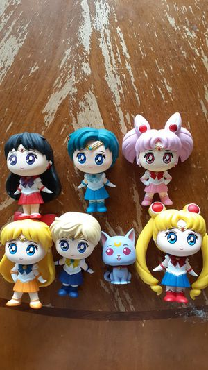 Sailor moon and the sailor scouts plus rini and Diana by funko for Sale in Shelby Charter Township, MI
