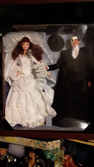 Barbie phantom of the opera House perfect in box for Sale in Las Vegas, NV