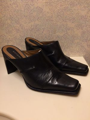 Antonio Melani Size 5 1/2 for Sale in Swansea, SC