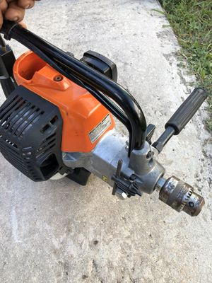 ECHO EDR-260 Gas Engine Drill w/ Reverse 25.4cc Engine for Sale in Miami, FL