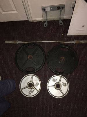 Olympic curl bar with weights for Sale in Santa Ana, CA