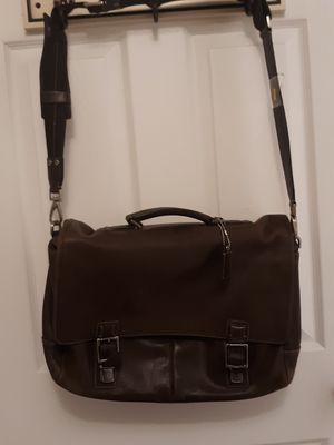 Coach Leather Messenger Bag...LIKE NEW for Sale in Indianapolis, IN