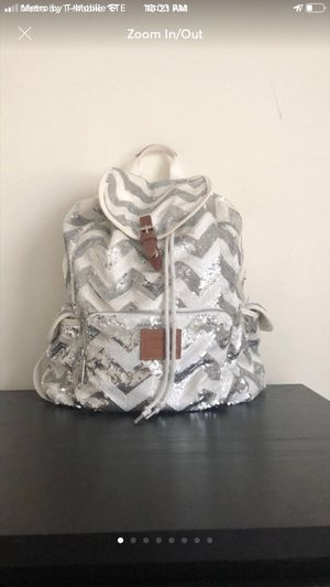 Vs pink bling backpack for Sale in Colorado Springs, CO