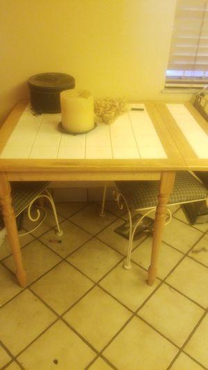 Kitchen table for Sale in Dania Beach, FL