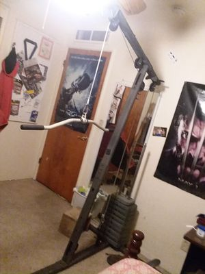Lat pull down for Sale in Fresno, CA