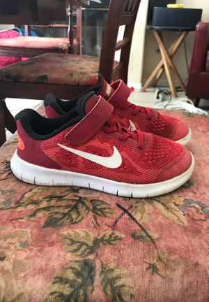 Nike youth shoes- size 2 for Sale in Temecula, CA