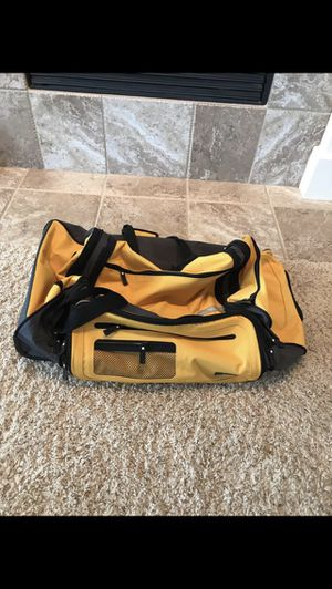 Large yellow UB duffle bag for Sale in St. Charles, IL