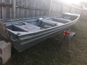 12' Jon Boat (w/title) & Trailer for Sale in Virginia Beach, VA