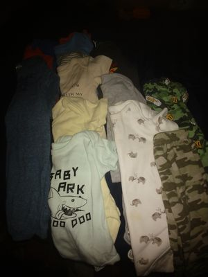 Rock n play with clothes newborn, 0/3 months, 3/6 months, car seat cover, swaddler blanket- selling as lot for Sale in Loxley, AL