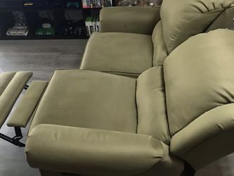 Loveseat Sofa for Sale in Los Angeles,  CA