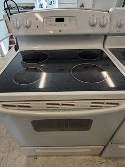 Ge Electric Stove Used In Good Condition With 90day's Warranty for Sale in Washington,  DC