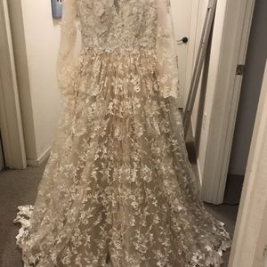 New Wedding Dress for Sale in Oakland, CA