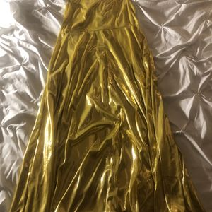 Girl's Gold Dress for Sale in Silver Spring, MD