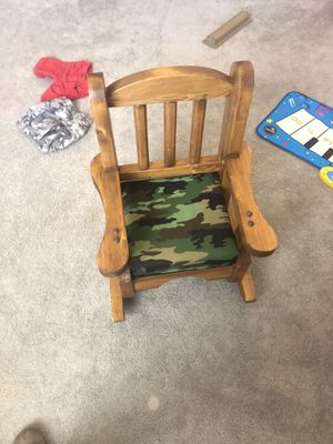 Little kids rocking chair for Sale in Cañon City, CO