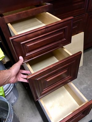 Soft close drawer and door cabinets for Sale in Lakewood, CO