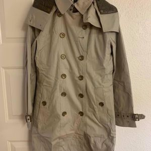 Burberry Coat for Sale in Las Vegas, NV