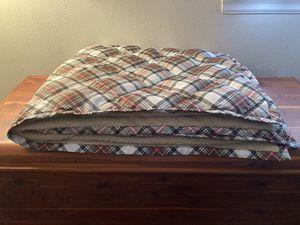 Eddie Bauer Goose Down Throw Blanket for Sale in Lynnwood, WA