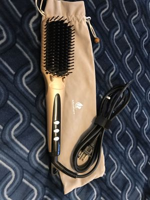 MiroPure, 2-in-1 Ceramic Ionic Straightening Brush for Sale in Austin, TX