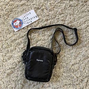 Supreme Shoulder Bag for Sale in Temecula, CA