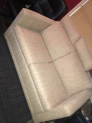 Couch sleeper for Sale in Tampa, FL