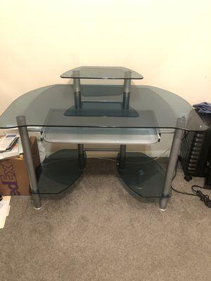 Computer desk (Glass) for Sale in Oklahoma City, OK