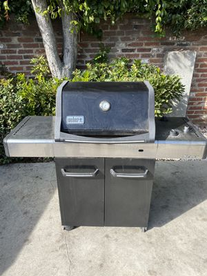 Weber BBQ Grill for Sale in Alhambra, CA