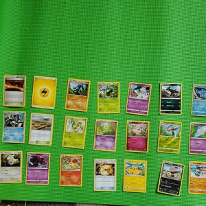 Lot Of 21 Pokemon Cards for Sale in Alexandria, VA