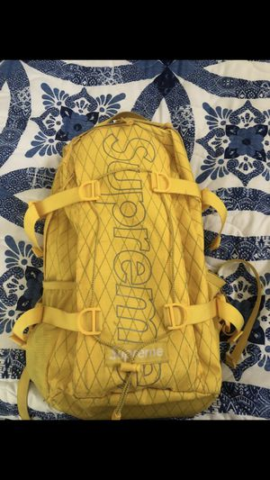 Supreme backpack for Sale in Grand Prairie, TX