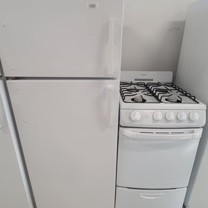 Roper 24in Top Freezer Refrigerator & 20in Gas Stove Used In Good Condition With 90day's Warranty for Sale in Washington, DC