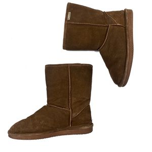 Bear paw Emma Short Tan boots size 10 for Sale in Olympia, WA