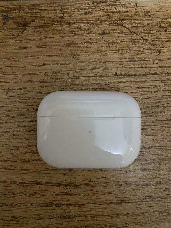 Apple AirPods Pro - Hardly used!
