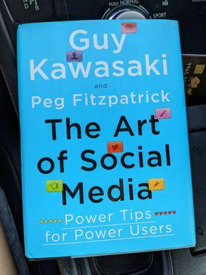 The Art of Social Media by Guy Kawasaki book for Sale in Santee, CA