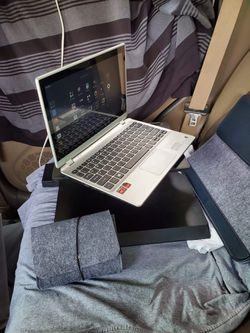 ACER touchscreen 360 laptop into tablet 4GB RAM 500GB come with charger and sleeve case leather with case charger $700 has Linux clear anti virus for Sale in Pico Rivera,  CA