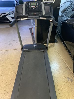 NordicTrack Treadmill T6.5z 2.8 CHP iFIT. Must sell for Sale in Chandler, AZ