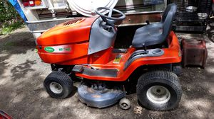 Scott's Ride-on mower/tractor for Sale in Johnston, RI