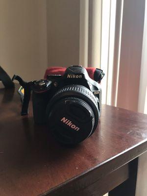 Nikon camera d5200 for Sale in Kennewick, WA