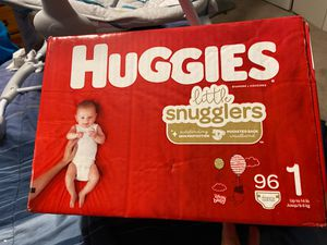 Huggies little snugglers Size 1 for Sale in Hillcrest Heights, MD