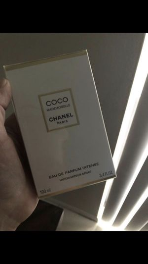 Chanel 3.4 Mademoiselle Intense Perfume $130 sealed ( kendall fl ) for Sale in Miami, FL