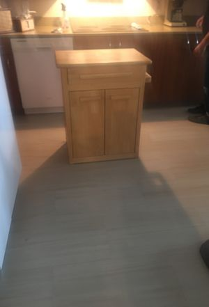 Microwave stand/Kitchen Island for Sale in Acampo, CA