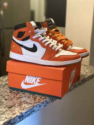 Custom Gatorade Jordan 1's for Sale in Nashville, TN