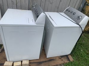 Washer and dryer whirpool fabric sense system for Sale in Oakland Park, FL