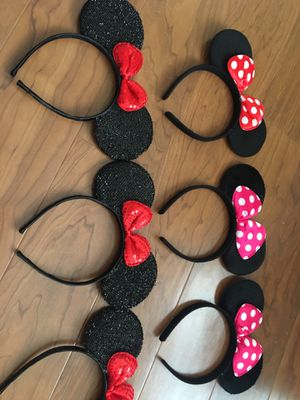 Set of 6 Disneyland mickey Minnie ears party for Sale in Chula Vista, CA