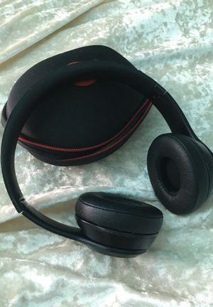 Beats solo 3 wireless for Sale in East Bridgewater, MA