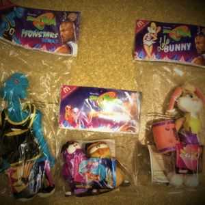 "Vintage 1996 - SPACE JAM ""Tune Squad"" (SET of 3 Toys) by McDonald's [NIP] Plush! for Sale in Midlothian, IL"