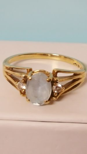 Beautiful 10k Real gold vintage Ring with Aquamarine Stone & Real Dia, 1.90grs Size 6 for Sale in Covington, KY