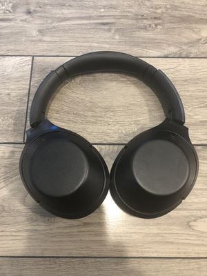 Sony Noise Cancelling Bluetooth Headphones / MDR-1000X for Sale in Indianapolis, IN